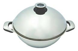 Sauteuse inox couvercle bombée 28cm - ABE : cuiseur vapeur et cuisson basse température = outil multifonction pour cuisiner bio et à basse température. = sauteuse, faitout à moindre volume ou poêle inox. = Acier inoxydable 18/10 avec fond thermique (emmagasine la chaleur et la restitue après l'arrêt de la source d'énergie). Le thermomètre fixé sur le couvercle permet de contrôler la température de votre cuisson. Gaz, plaque électrique, induction ou vitrocéramique. Dim. : 28 cm / 5,5 litres