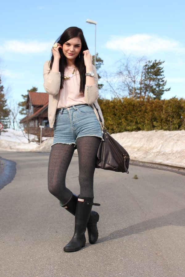 What To Do When Black Tights Dont Go With Your Outfit
