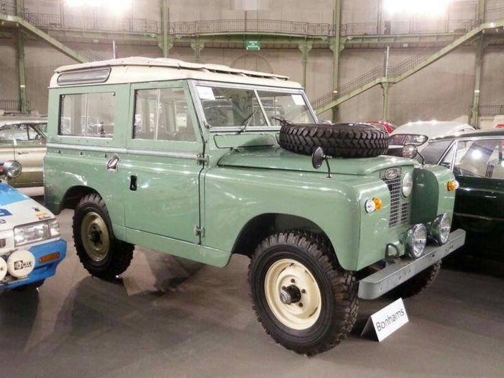 Land Rover 88 inch Serie II SW safari top. Series