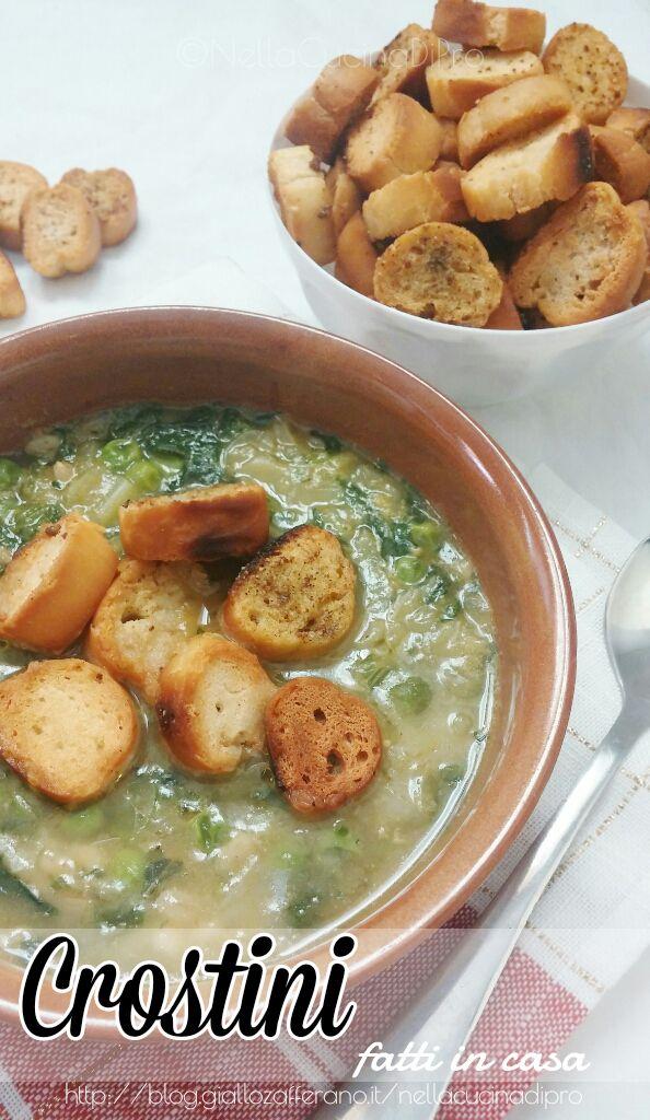 Ottimi crostini fatti in casa da tenere pronti per le zuppe calde per questo inverno.