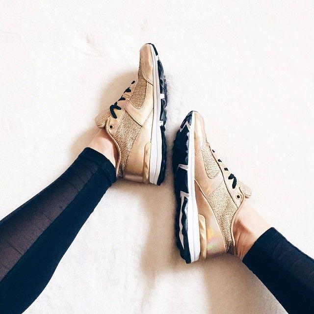 Sara in the Sam Edelman Dax Metallic Trainer || Get the sneakers: http://www.nastygal.com/product/sam-edelman-dax-metallic-trainer?utm_source=pinterest&utm_medium=smm&utm_term=ngdib&utm_content=omg_shoes&utm_campaign=pinterest_nastygal