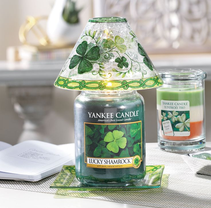 Luck Shamrock - A touch of the Emerald Isle...the fresh scent of lush, green hills kissed by a sparkle of sunshine.