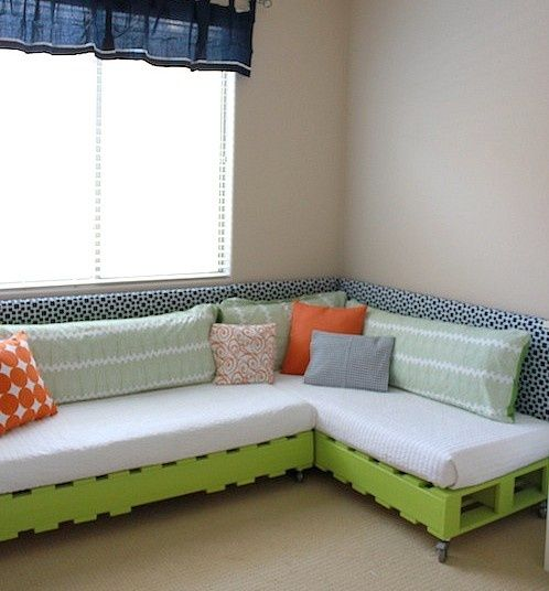 pallets for kid-room couch - painted lime green - love! must-try-diy-crafts