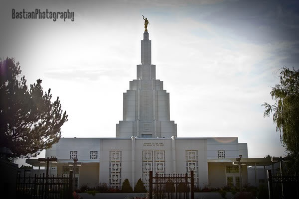 Idaho Falls Idaho Temple... loved all the flower gardens...especially colorful!