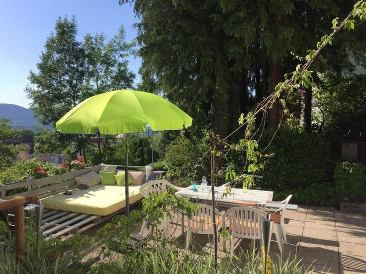 Eine Beeindruckend Große DIY Sitzgelegenheit Für Die Terrasse! So Lässt  Sich Der Sommer Genießen