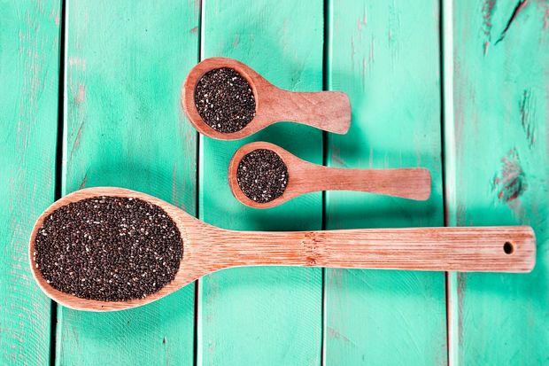 Diese Superfoods können beim Entgiften helfen, regen die Fettverbrennung an, erhöhen die geistige und körperliche Leistungsfähigkeit, stärken das Immunsystem und steigern das Wohlbefinden.