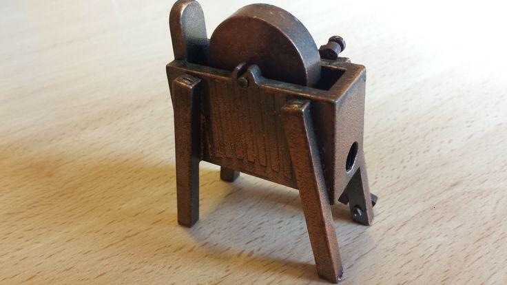 Sacapuntas 1004, Rueda de afilar, Juguetes Martí, antique pencil sharpener