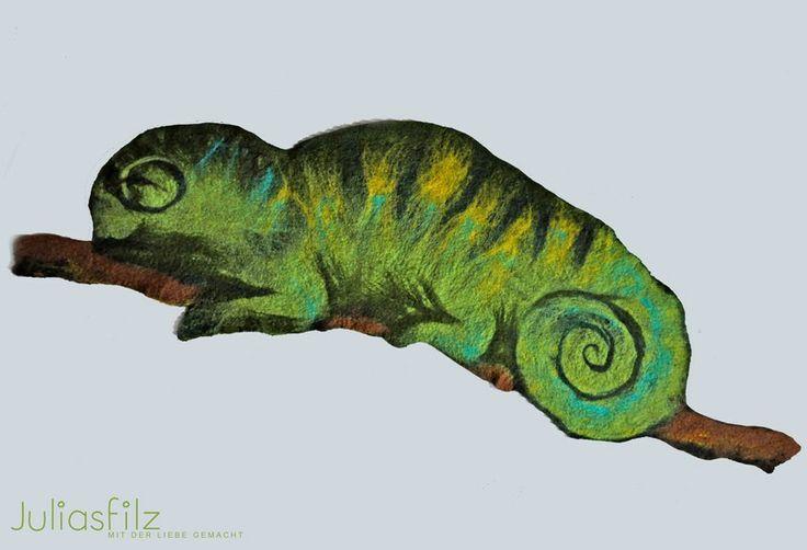 Filz Tischläufer Chameleon grün  von juliasfilz auf DaWanda.com