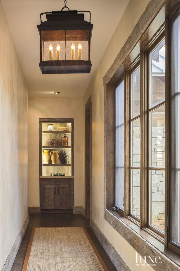 Country Neutral Hallway