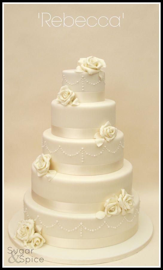 Wedding Cake Very simple and yet very beautiful!