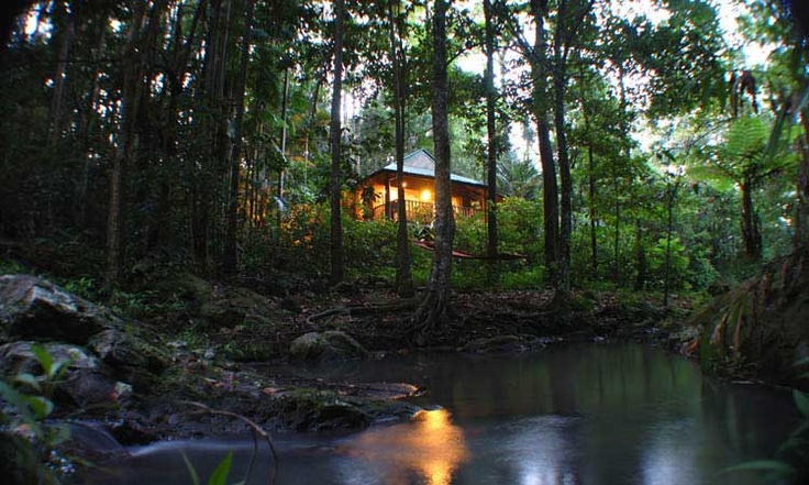 Narrows Escape Rainforest Retreat. Secluded romantic getaway for couples in Montville on the Queensland Sunshine Coast Hinterland
