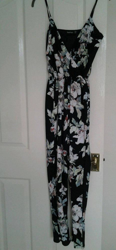d236798d10 BOOHOO FLORAL PRINT CAMI WRAP STRAPPY JUMPSUIT SIZE 8 (WORN ONCE)  fashion