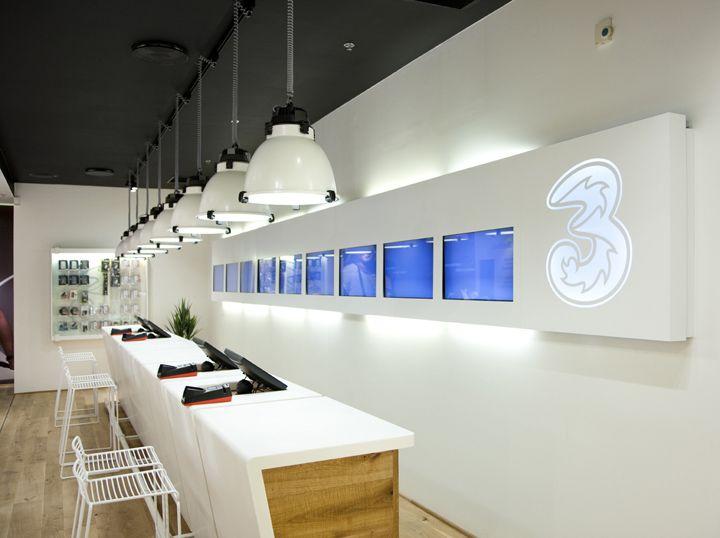 3 MOBILE store by Riis Retail, Aarhus – Denmark » Retail Design Blog