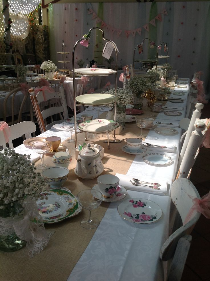vintage high tea table setting and fresh flower decoration www.houseofthebride.com.au