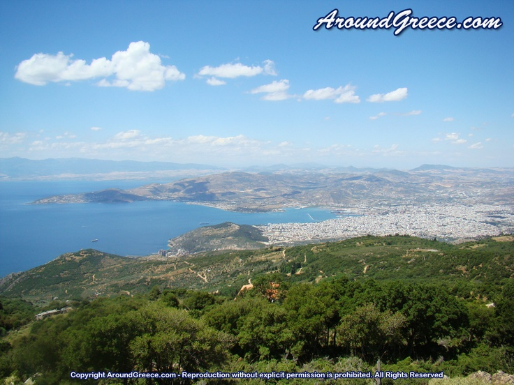 View of the city of Volos  http://www.aroundpelion.com