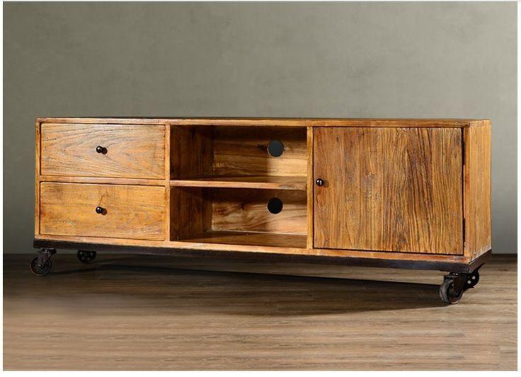 Oltre 25 fantastiche idee su mobili in legno su pinterest for Armadio di campagna francese