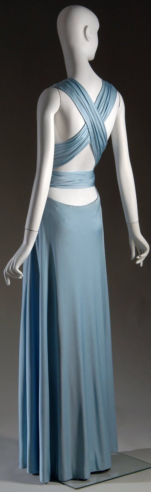 Love the criss-cross back.  Halston 1972 #vintage couture #blue