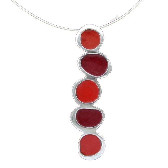 Kiesel rote Halskette  Sterling Silber und Glaskörper Emaille