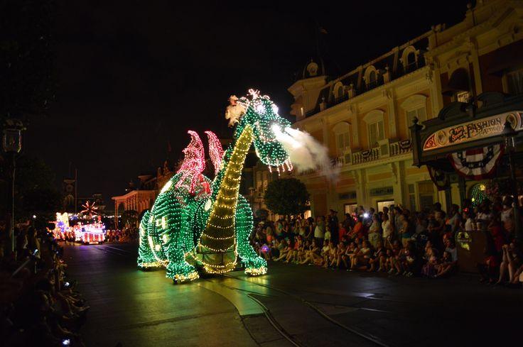 Electric parade @ Disney World, Orlando Florida, USA 2014