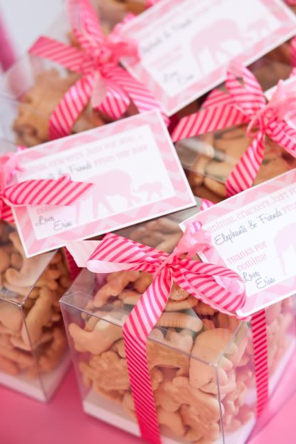 Animal Crackers Party Favors. Elephant Theme Baby Shower.