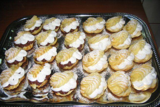 Retete Culinare - Choux a la creme cu vanilie si ciocolata