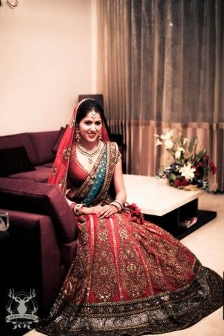#bride #lehenga #red #bridaloutfits #wedmegood