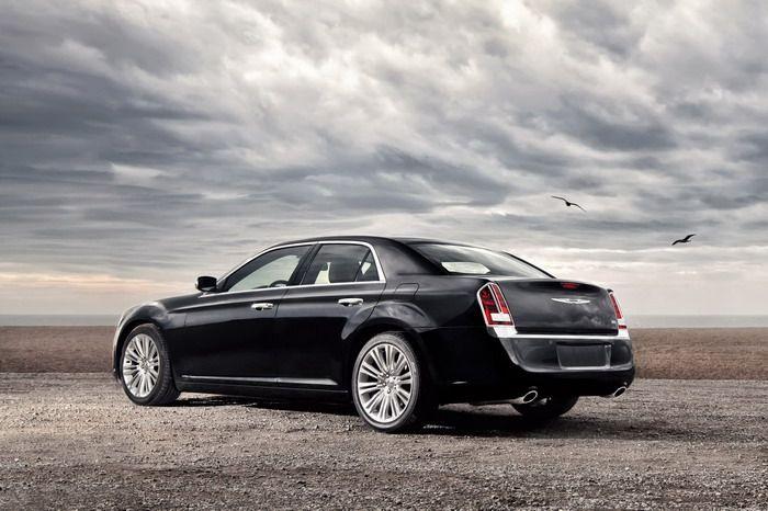 2012 Chrysler 300 rear view