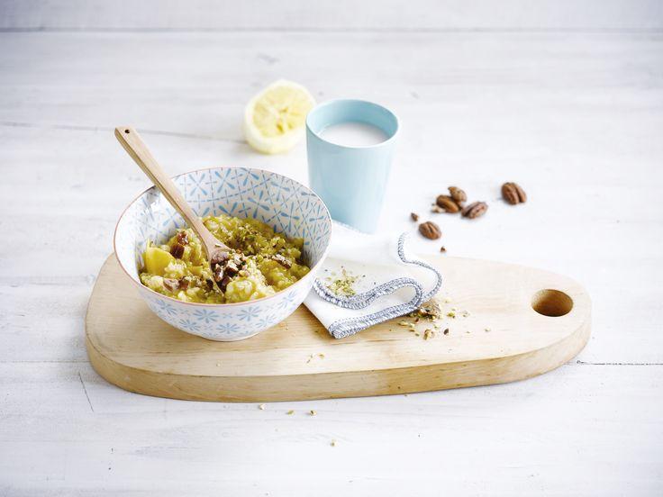 Lekker rijstdessert met frisse citroen, knapperige nootjes en Alpro Rijstdrink