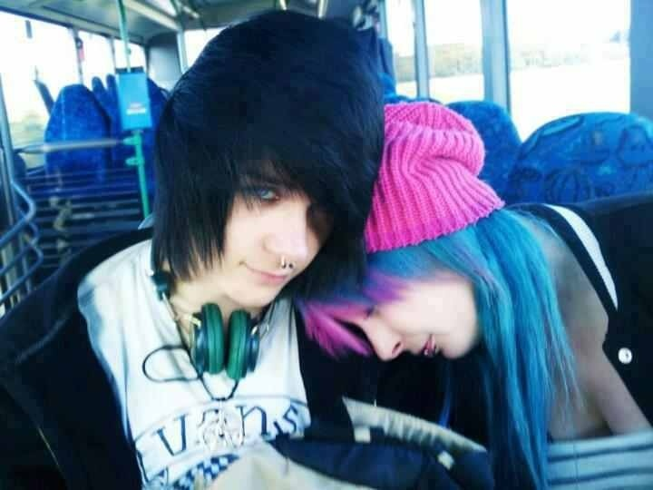 This cute emo people and I love the girls hair