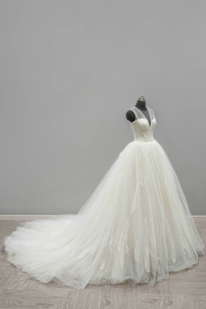 Best 25 Puffy Wedding Dresses Ideas On Pinterest