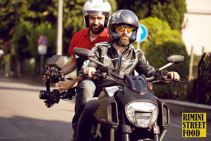 In sella a una #Ducati si lavora meglio #riministreetfood www.riministreetfood.com