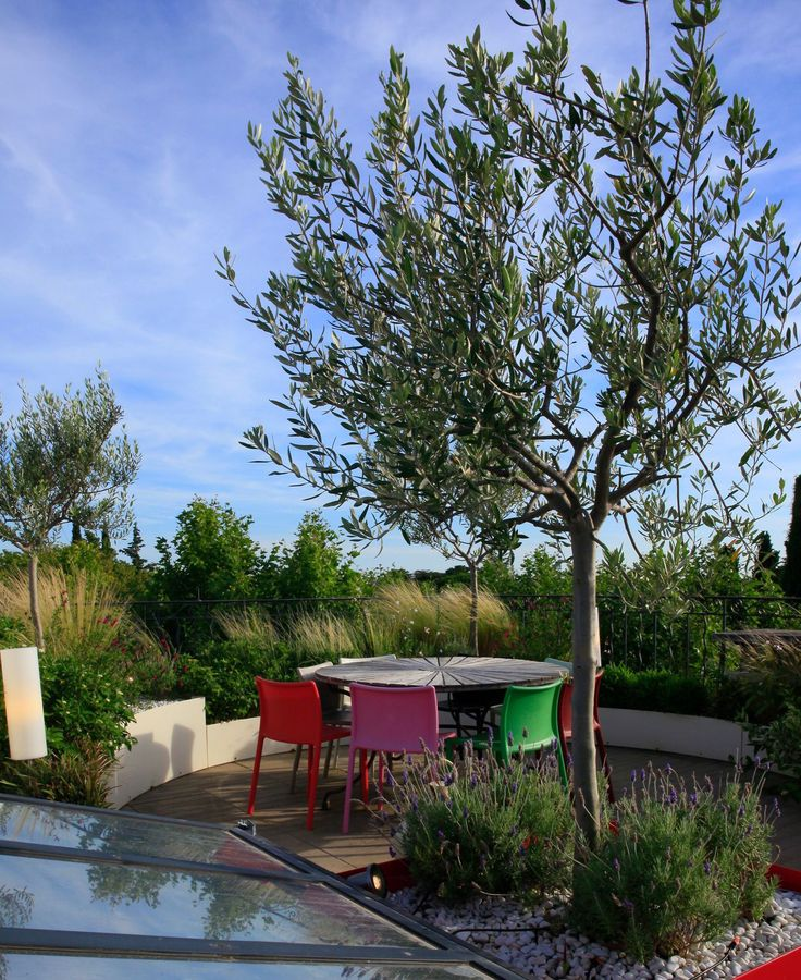 1000 id es sur le th me clairage de la terrasse sur pinterest pont porte feuille clairage - Terrasse surplombant mon jardin metz ...