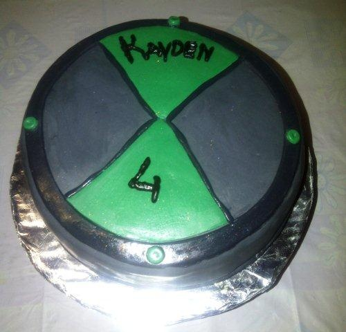 Ben 10 Omnitrix Cake