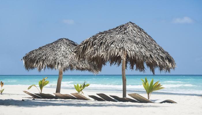 All-Inclusive-Urlaub direkt am Strand in der Dominikanischen Republik! Das sollte man sich nicht entgehen lassen! mehr auf Urlaubsheld.de