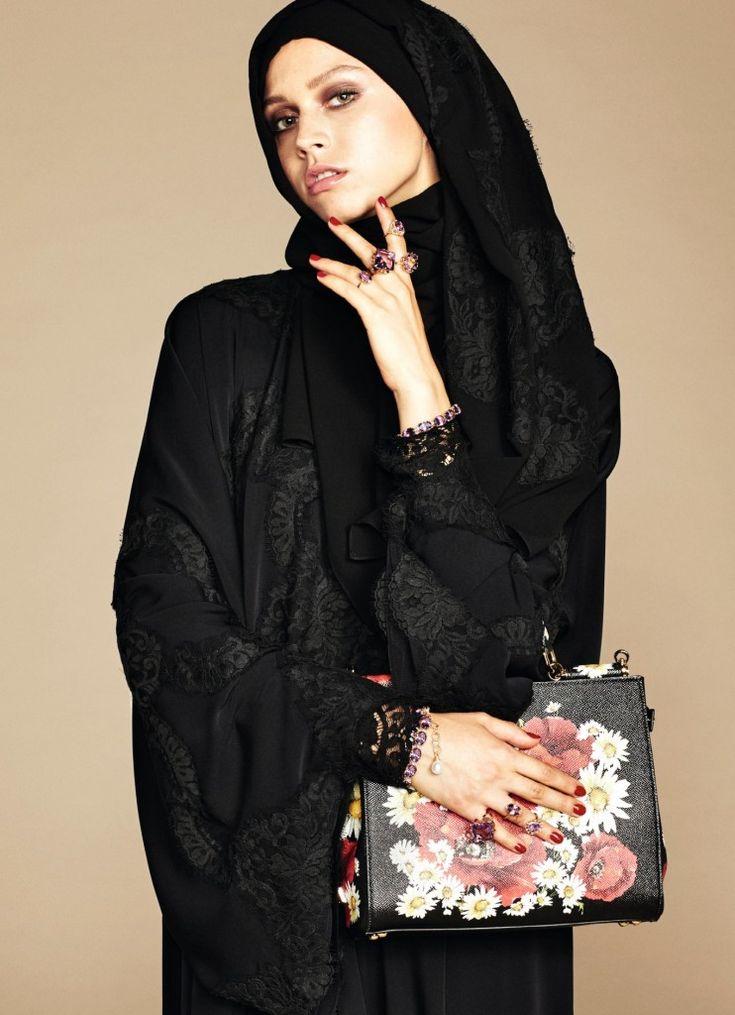 La collection exclusive Abaya et Hijab Dolce & Gabbana - robe-orientale.com
