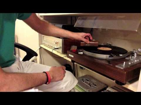 How To Use A Discwasher Record Cleaner - YouTube