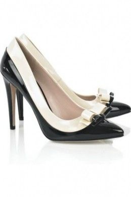 Scarpe Miu Miu: decolletes color crema e nero