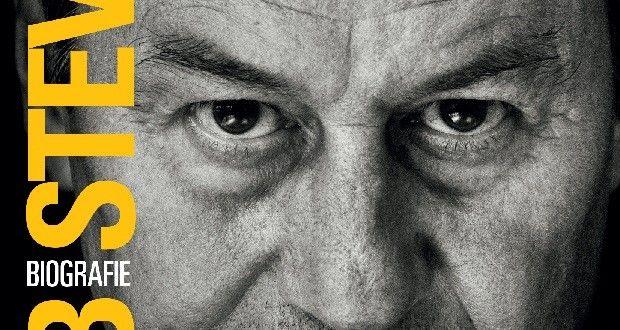 Biografie Huub Stevens Nooit Opgeven - Topbiografie.nl