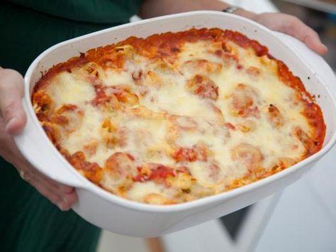 paprika, poivre, origan, courgette, tomate, huile d'olive, basilic frais, ravioli, ail, parmesan, tomate cerise, sel