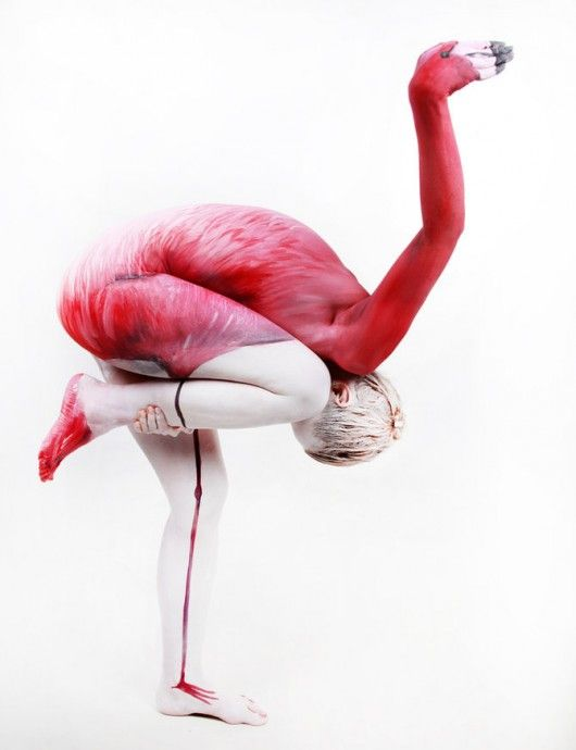 The Human Flamingo, bodypainting as art project | Artist / Künstler: Gesine Marwedel | Photo: van de Wall |