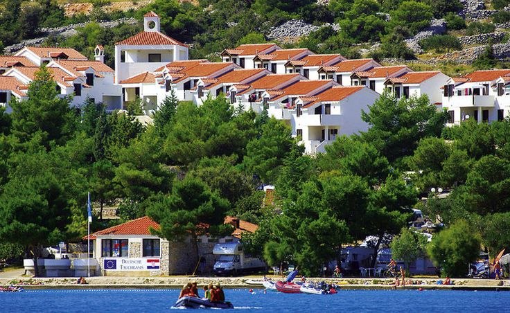 Dein idyllischer Strandurlaub in Kroatien: 4 Nächte im Appartement mit Flug ab 198 € - Urlaubsheld | Dein Urlaubsportal