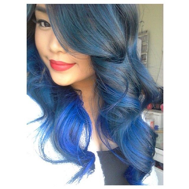 @christineenitsirhc got a beautiful ombre effect using our #ShockingBlue.