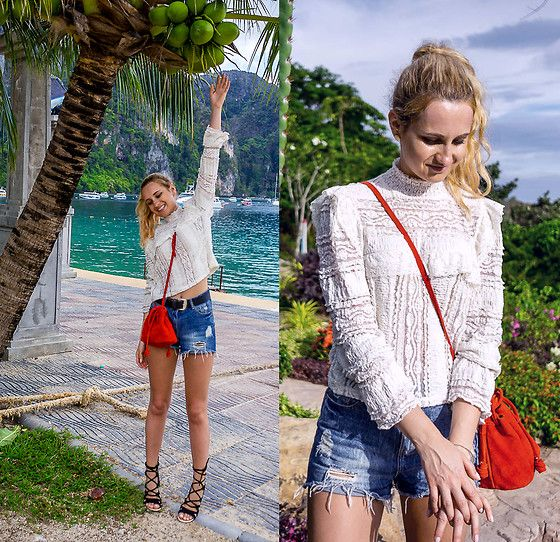 Get this look: http://lb.nu/look/8733431  More looks by Adriana M.: http://lb.nu/lilicons  Items in this look:  H&M Boho Beige Top, Bershka Red Suede Bag, Buffalo Sandals, Mom Shorts   #bohemian #casual #romantic #streetstyle #lookbook #lookbooker #outfit #blogger #lilicons