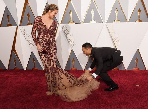 Chrissy Teigen (L) and recording artist John Legend attend the 88th Annual Academy Awards at Hollywood & Highland Center on February 28
