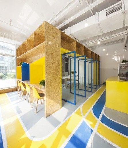 Interior 39 flessibile 39 per un 39 ufficio di co woorking for Interior design ufficio