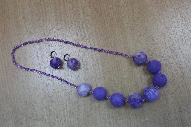 Серёжки из войлока / Earrings made of felt #earrings #wool #woollen