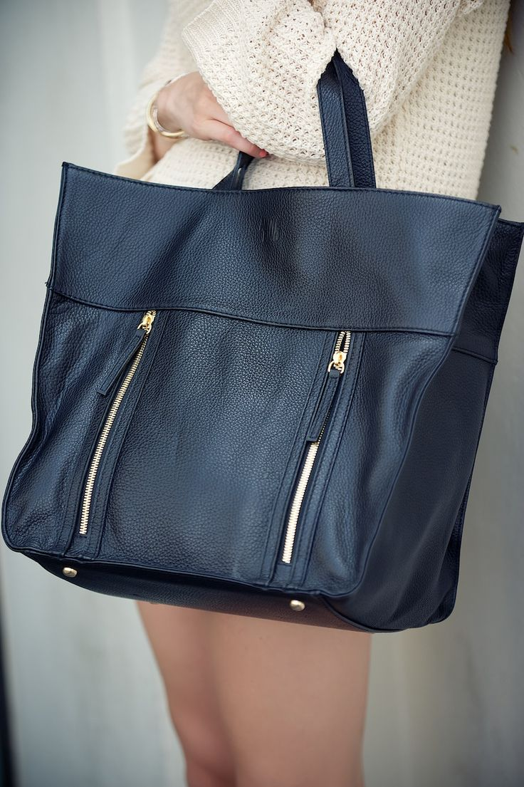 ANINE BING tote bag: www.aninebing.com
