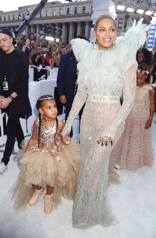Blue Ivy and Beyoncé