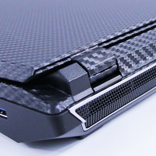 Custom Carbonfiber Wrapped Sager NP9370 from XOTIC PC!