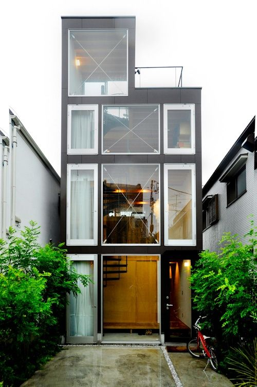 So many different ways to go with a container house. I'm overly fond of them.